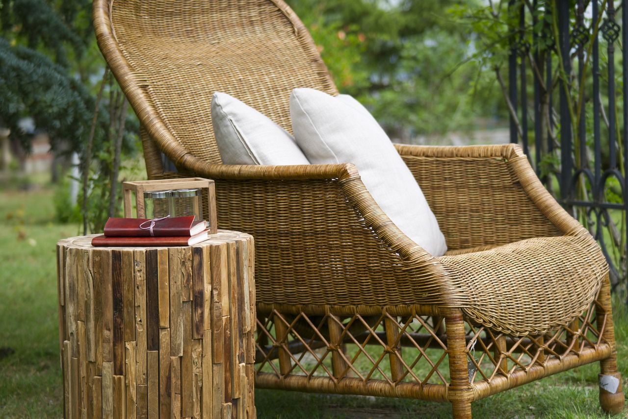 Wooden garden furniture – what kind of wood to choose?